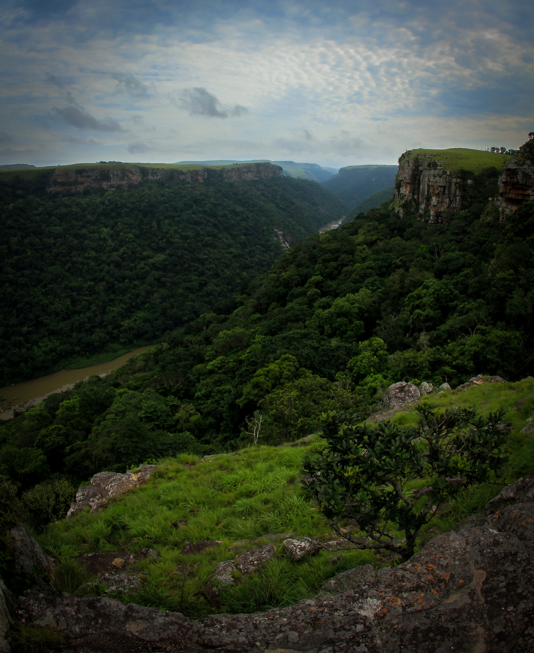 view_umtamvuna_river_gorge